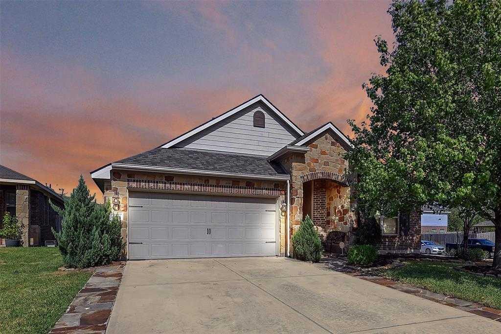 $235,000 - 3Br/2Ba -  for Sale in Magnolia Ridge 04, Magnolia