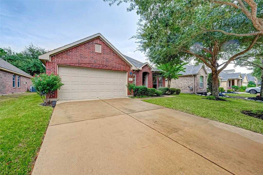 $275,000 - 4Br/2Ba -  for Sale in Lakes/pine Forest Sec 03, Houston