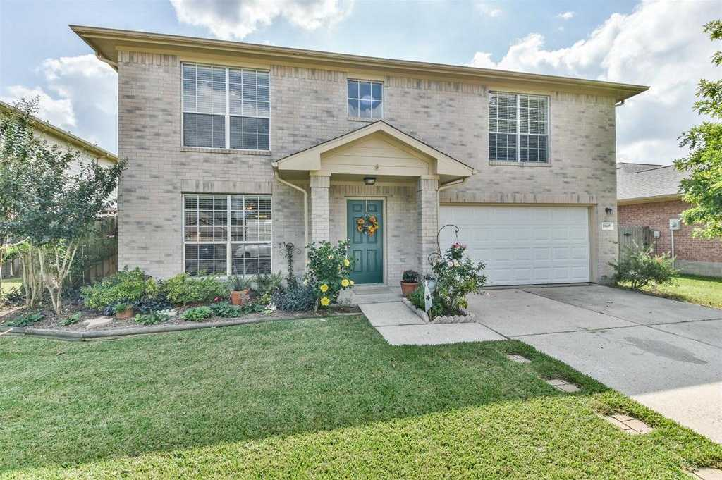 $244,500 - 4Br/3Ba -  for Sale in Country Meadows, Tomball