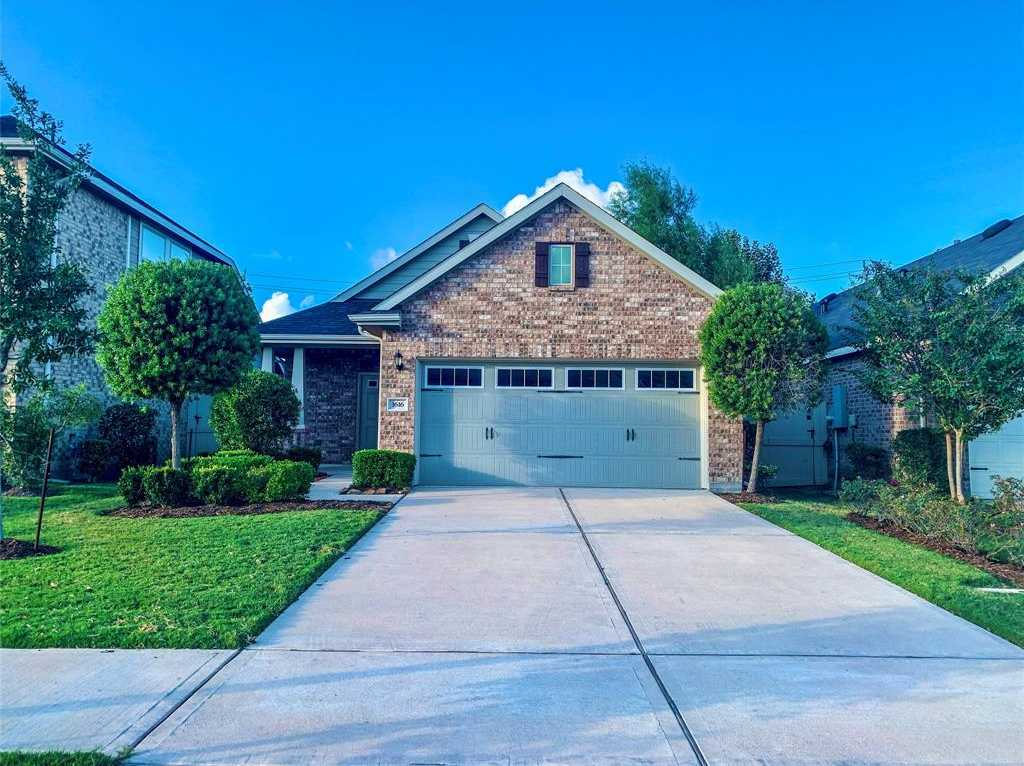 $240,000 - 3Br/2Ba -  for Sale in City Park South, Houston
