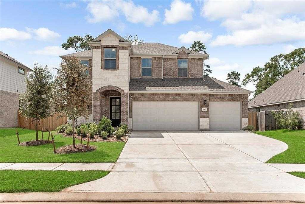 $377,900 - 4Br/3Ba -  for Sale in Fairway Farms, Tomball