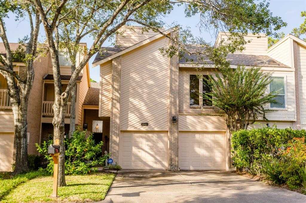 $315,000 - 3Br/3Ba -  for Sale in Woodhollow T/h R/p, Houston