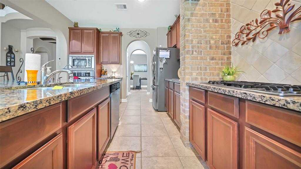 $329,000 - 4Br/4Ba -  for Sale in Eagle Springs, Humble