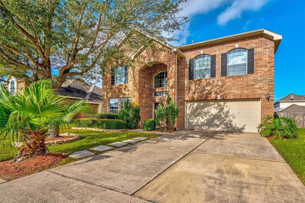 $295,000 - 4Br/3Ba -  for Sale in Oakbrook Estates, Pearland