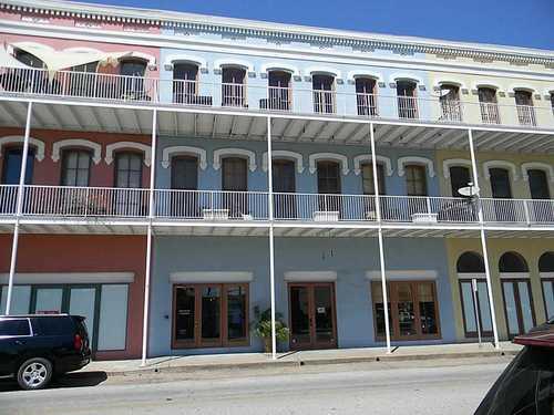 $425,000 - 2Br/2Ba -  for Sale in Market Street Condos, Galveston