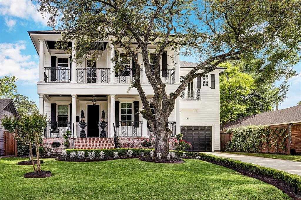 $875,000 - 4Br/4Ba -  for Sale in Oak Forest, Houston