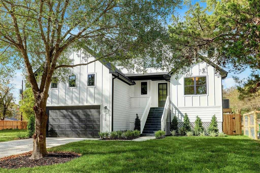 $799,000 - 4Br/4Ba -  for Sale in Oak Forest, Houston