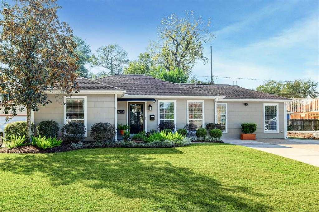 $599,000 - 3Br/2Ba -  for Sale in Oak Forest, Houston
