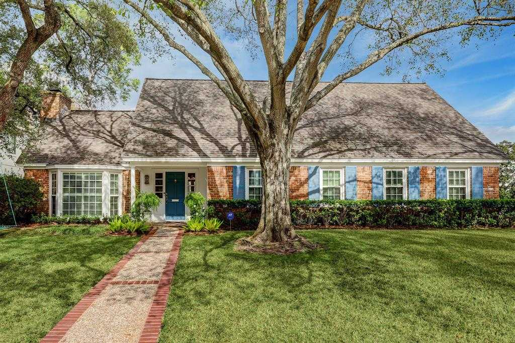 $1,295,000 - 5Br/5Ba -  for Sale in Tanglewood Sec 14, Houston