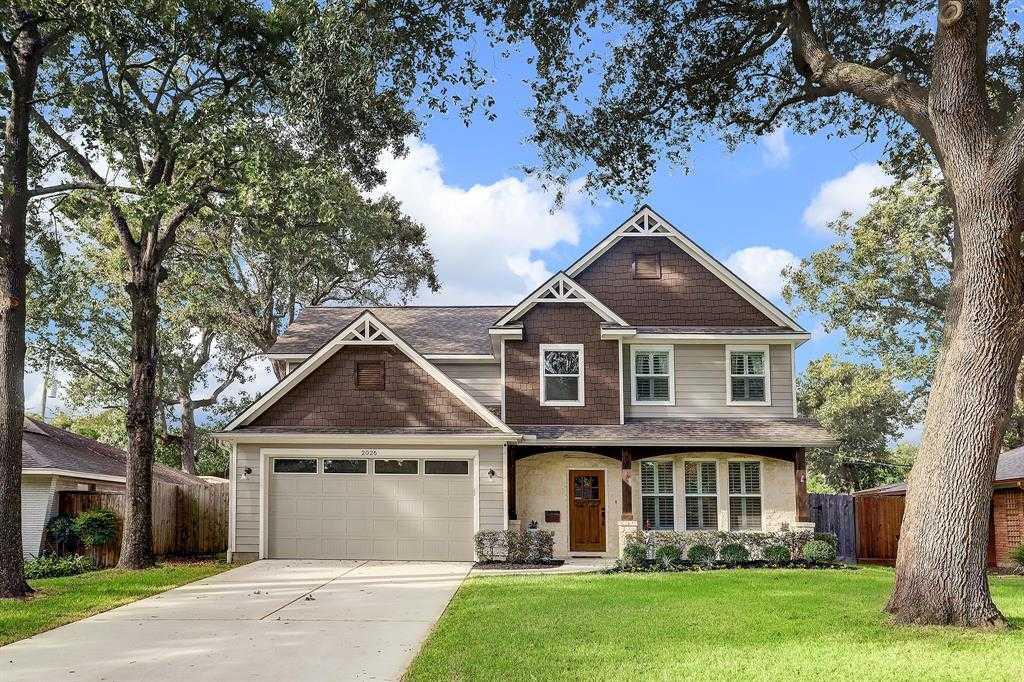 $785,000 - 4Br/4Ba -  for Sale in Oak Forest, Houston