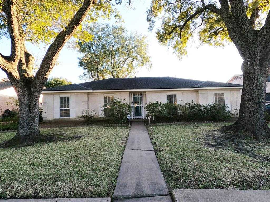 $265,000 - 4Br/2Ba -  for Sale in Sharpstown Country Club Terrac, Houston