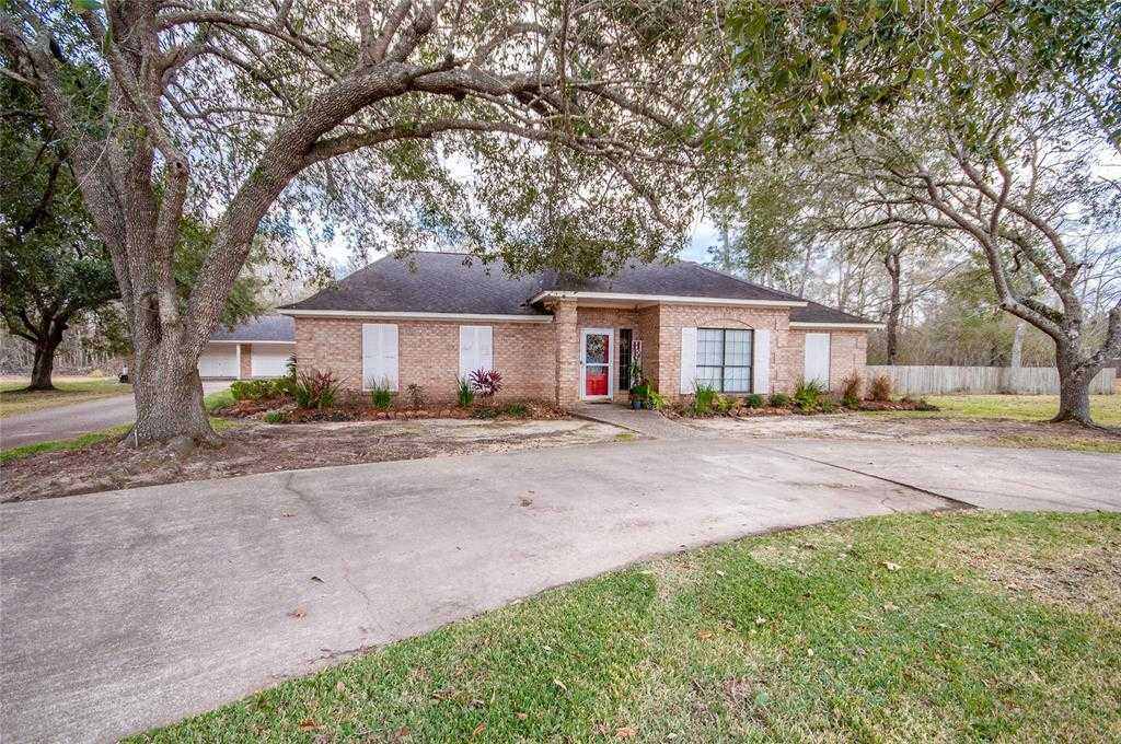 $375,000 - 3Br/3Ba -  for Sale in Country Club, Liberty
