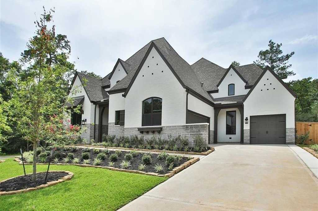 $683,372 - 4Br/4Ba -  for Sale in The Woodlands Hills, Willis