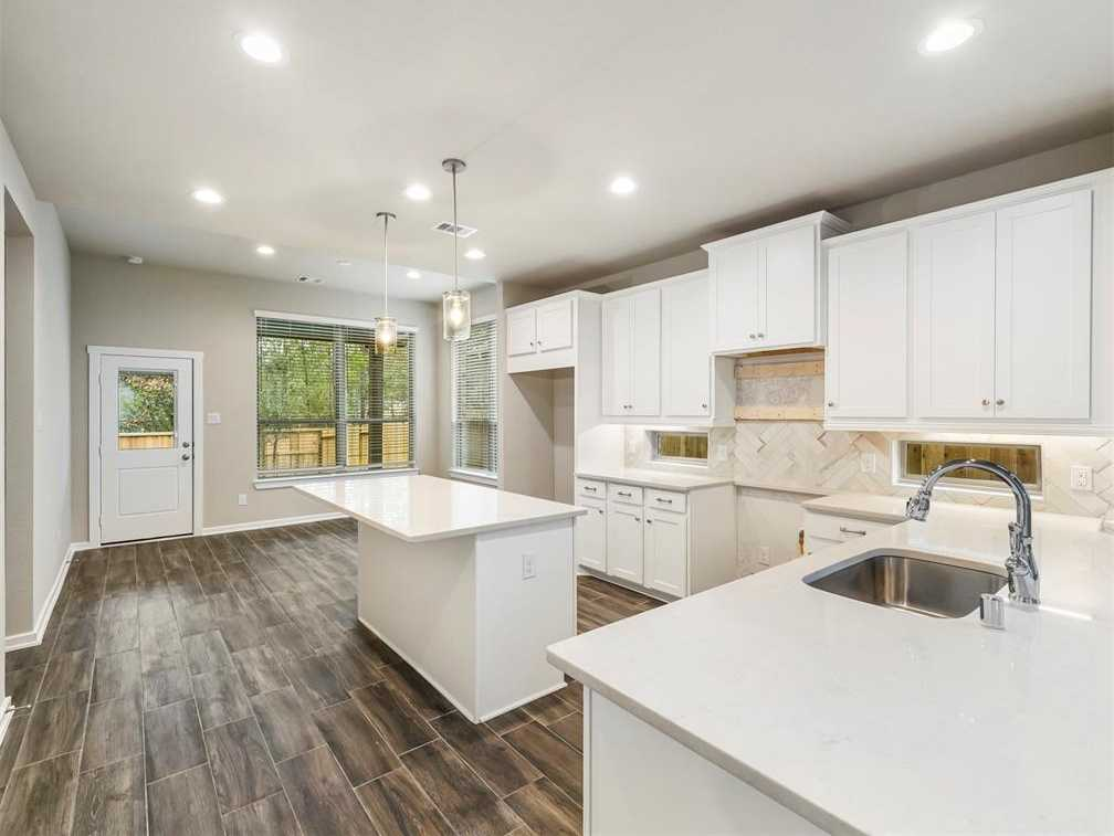 $324,490 - 4Br/3Ba -  for Sale in The Woodland Hills, Conroe