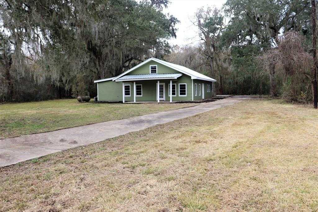 $250,000 - 3Br/2Ba -  for Sale in A0026 S F Austin Tract 19xx (bear Creek, Sweeny