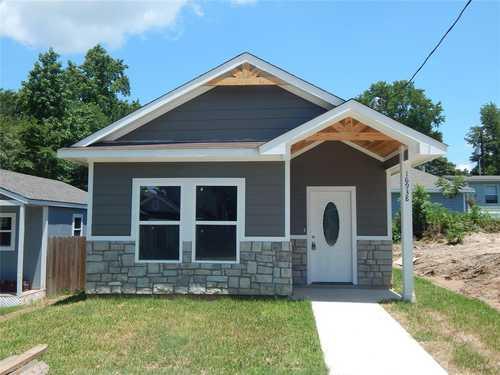 $164,900 - 3Br/2Ba -  for Sale in Lake Conroe Village, Montgomery
