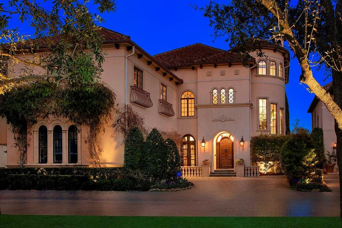 $2,200,000 - 4Br/6Ba -  for Sale in Wdlnds Village Panther Cr 45, The Woodlands