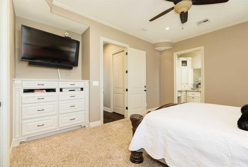 $575,000 - 3Br/4Ba -  for Sale in Bridgepoint, Freeport