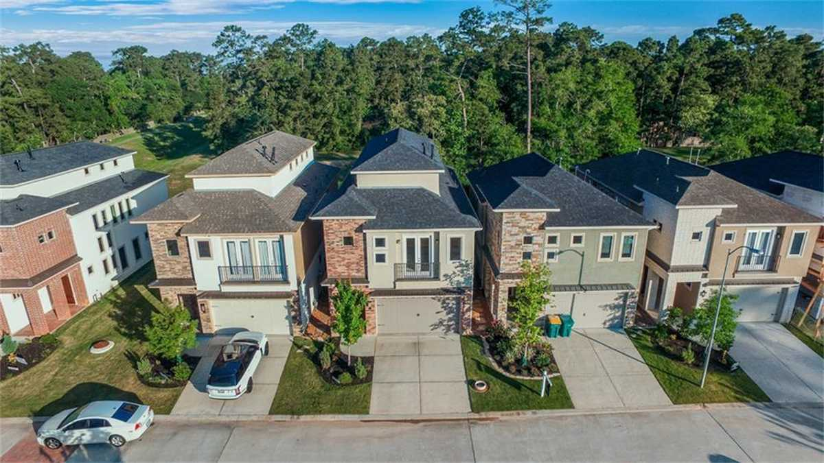 $339,692 - 3Br/3Ba -  for Sale in Grogans Mill, The Woodlands