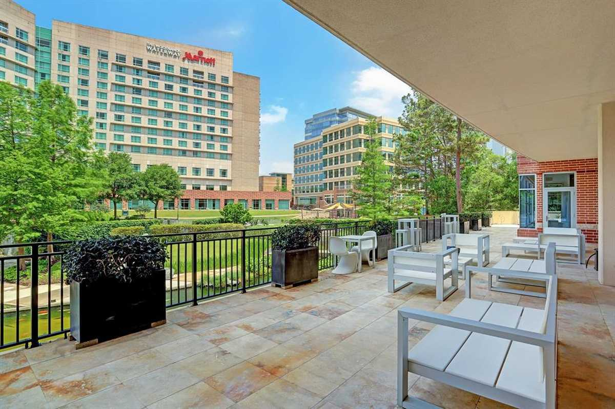$2,250,000 - 4Br/5Ba -  for Sale in Waterway Lofts, The Woodlands