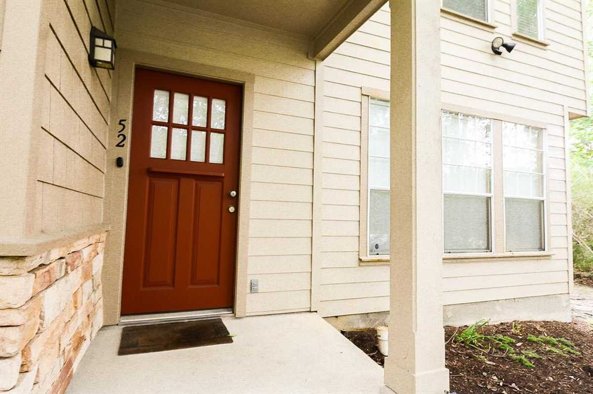 $239,000 - 2Br/3Ba -  for Sale in Stonemill Courts Condominium, The Woodlands