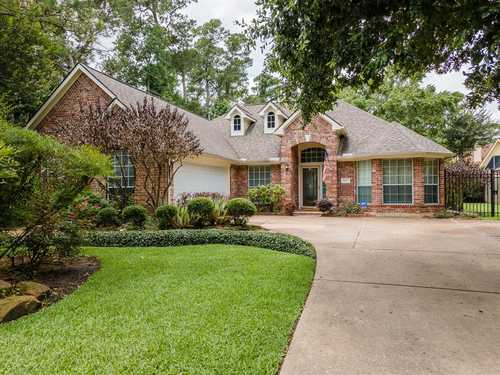 $345,900 - 3Br/2Ba -  for Sale in Woodwind Lakes Sec 2, Houston