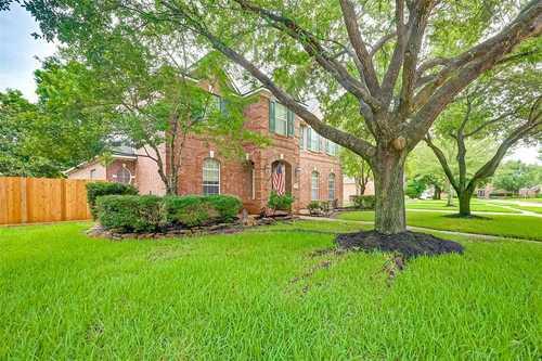 $400,000 - 5Br/4Ba -  for Sale in Copper Lakes Sec 04 02 Amd, Houston