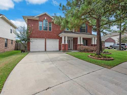 $399,999 - 4Br/3Ba -  for Sale in Canyon Lakes At Stonegate 01, Houston