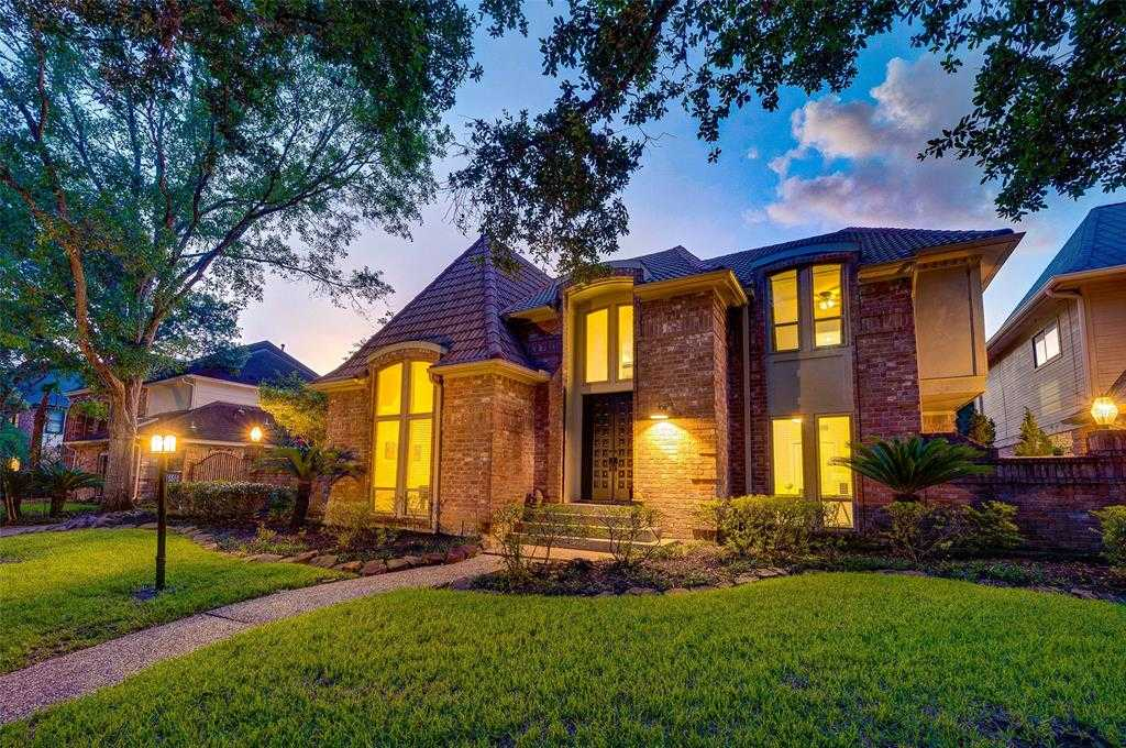 15510 Old Stone Trail