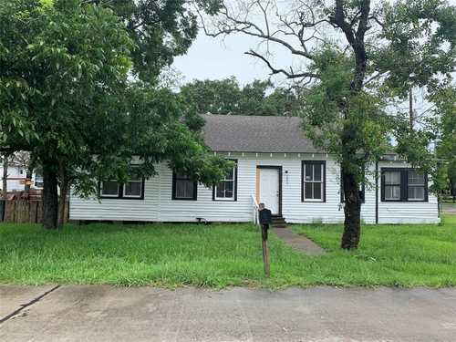 $110,000 - 0Br/1Ba -  for Sale in Moores Add, Dickinson