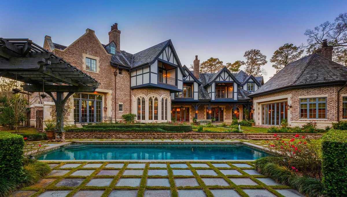 $19,900,000 - 6Br/11Ba -  for Sale in River Oaks, Houston