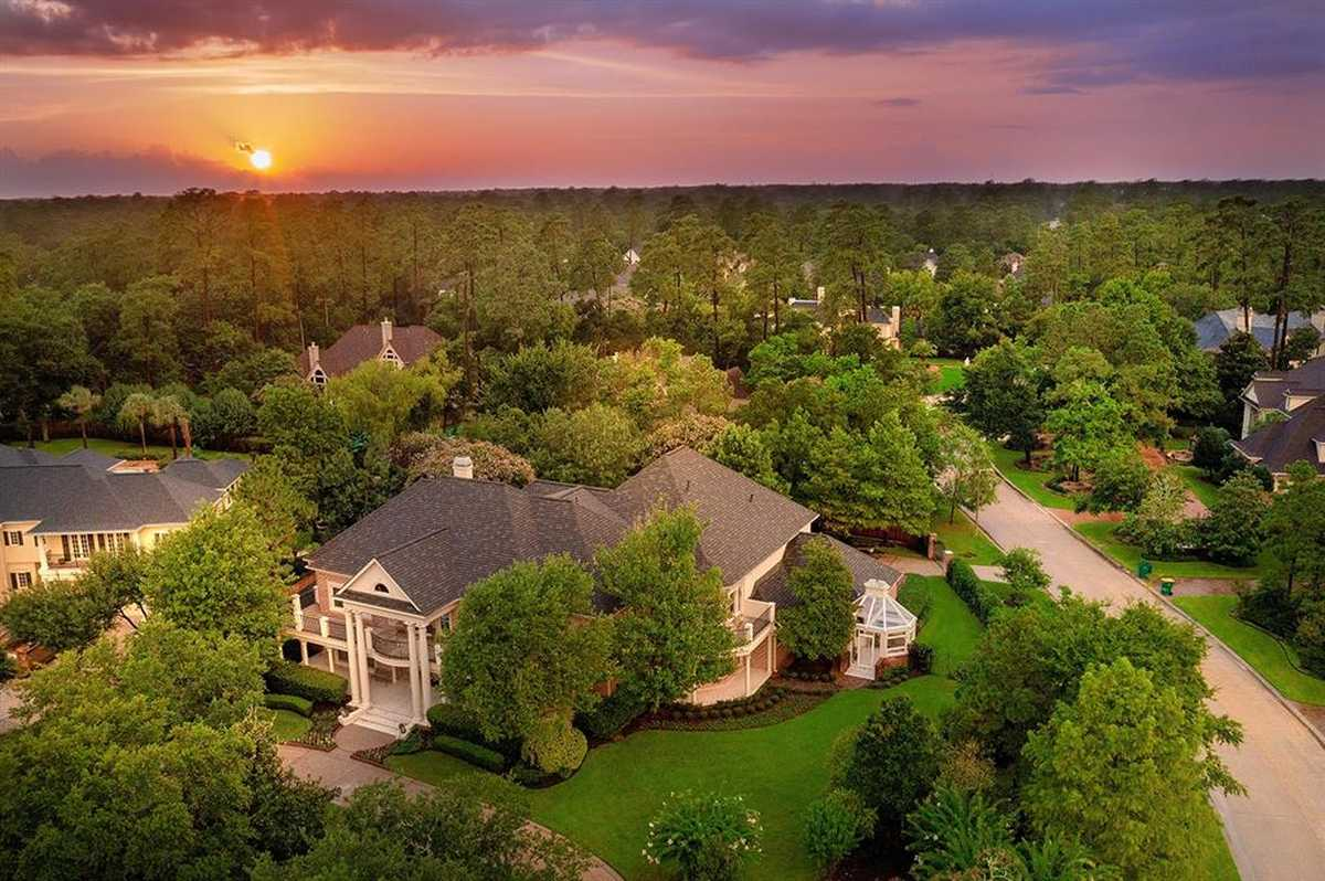 $2,600,000 - 4Br/7Ba -  for Sale in The Woodlands Panther Creek, The Woodlands