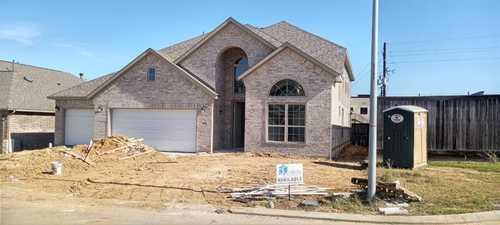 $429,990 - 5Br/4Ba -  for Sale in Inway Oaks Estates, Spring