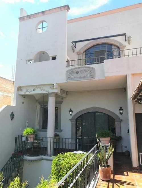 $635,000 - 4Br/3Ba -  for Sale in Independencia, San Miguel De Allende