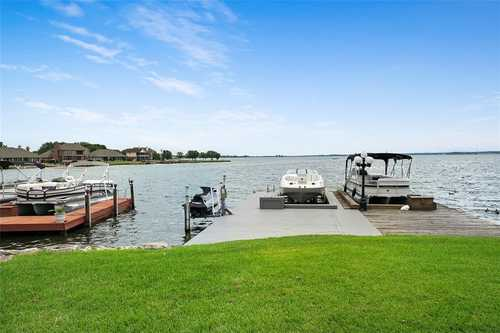 $469,900 - 3Br/3Ba -  for Sale in Harbour Town Club, Willis