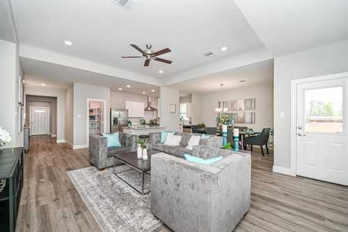 $273,250 - 3Br/2Ba -  for Sale in Tidwell Lakes, Houston