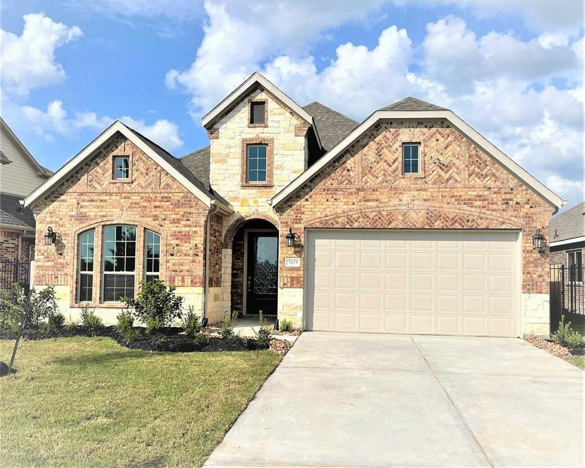 $399,990 - 3Br/3Ba -  for Sale in Legends Trace 03, Spring