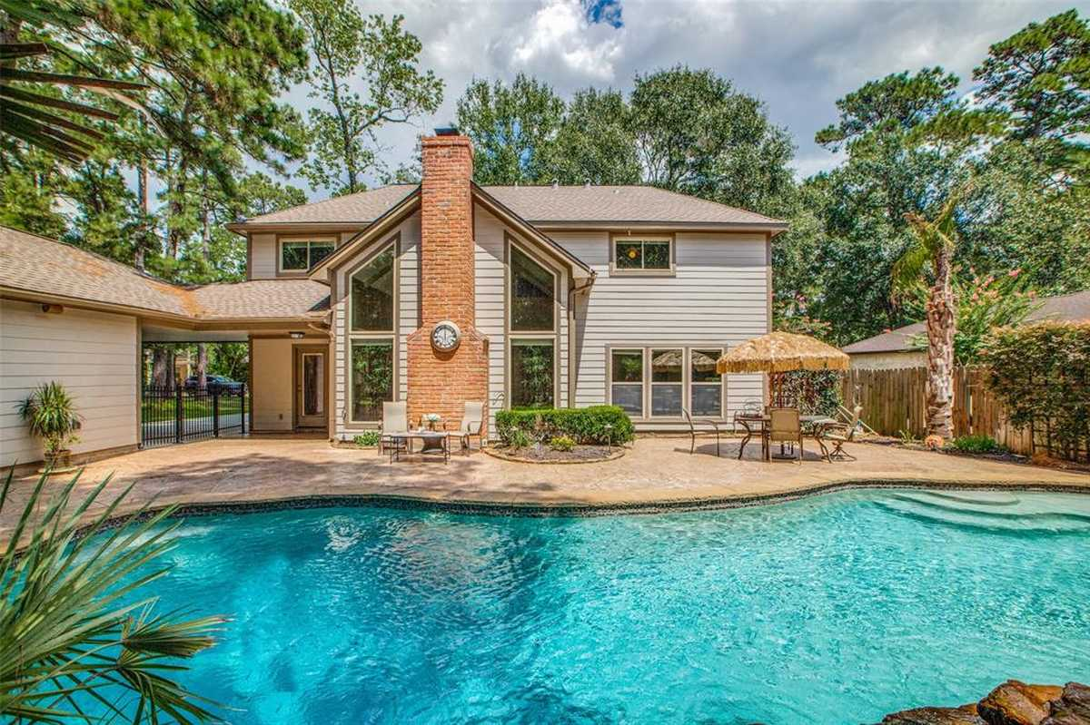 $450,000 - 4Br/4Ba -  for Sale in Wdlnds Village Panther Ck 06, The Woodlands