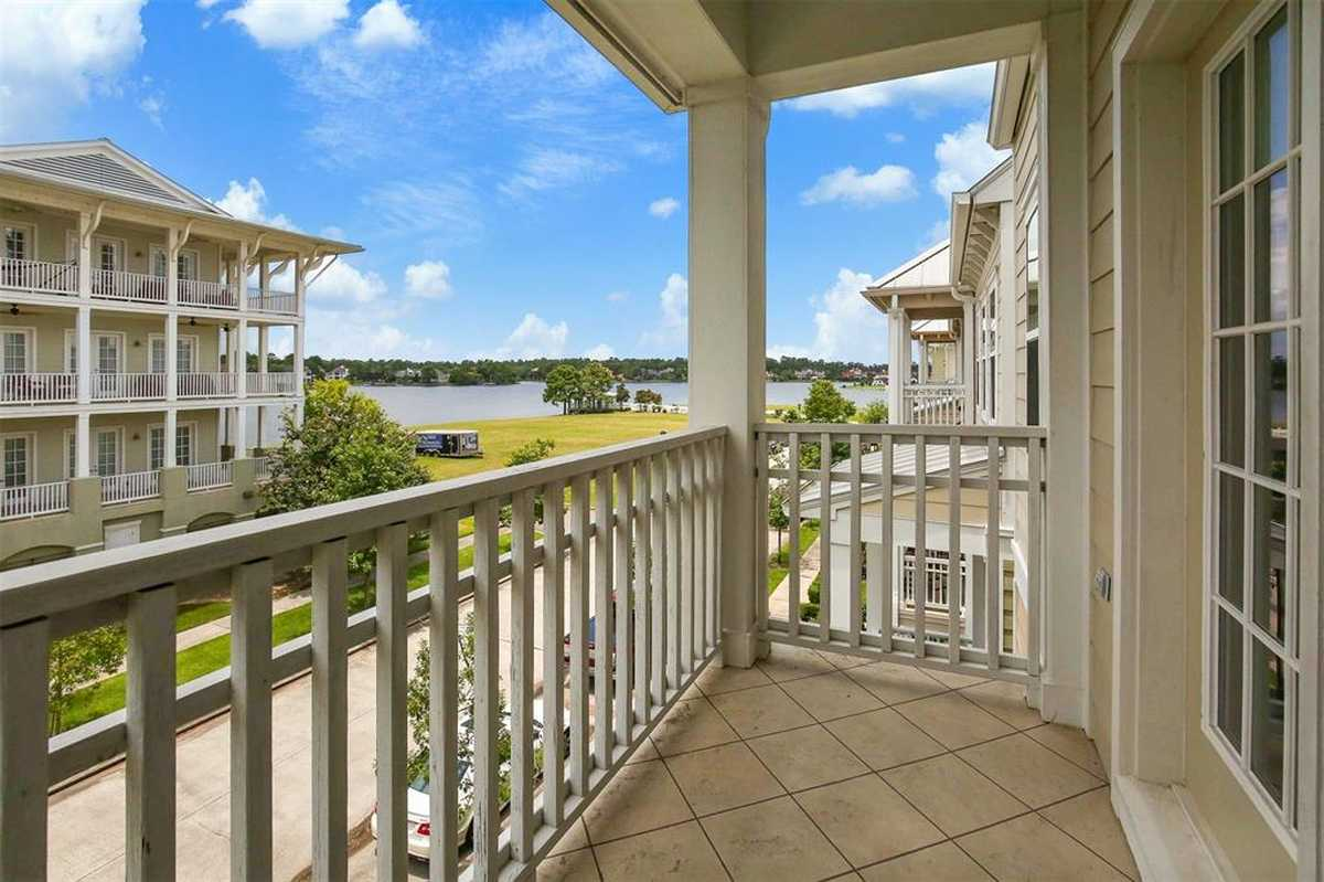 $660,000 - 3Br/4Ba -  for Sale in Oasis Pointe Twnhms, The Woodlands