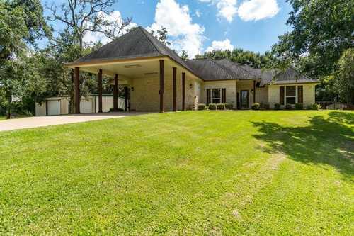 $499,900 - 3Br/2Ba -  for Sale in Sugar Mill East (a0019 Sf Austin Div 6), Lake Jackson