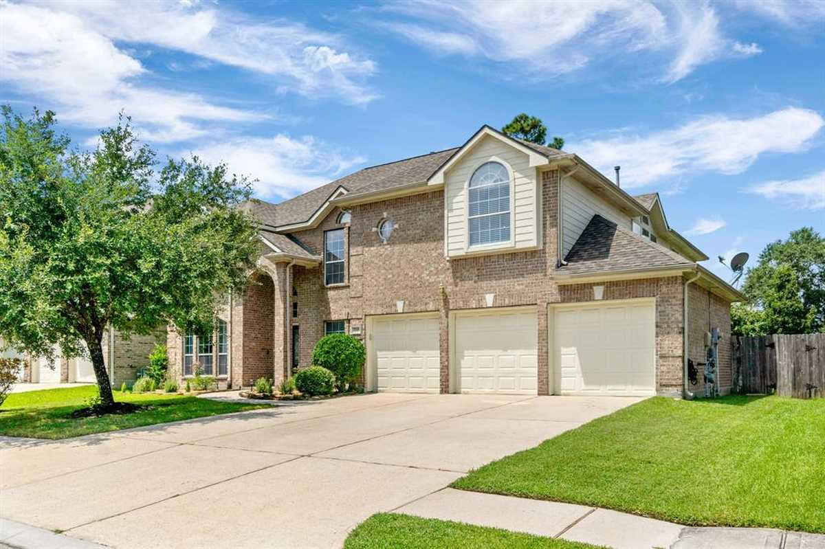 $449,000 - 5Br/4Ba -  for Sale in Canyon Lakes At Legends Ranch, Spring