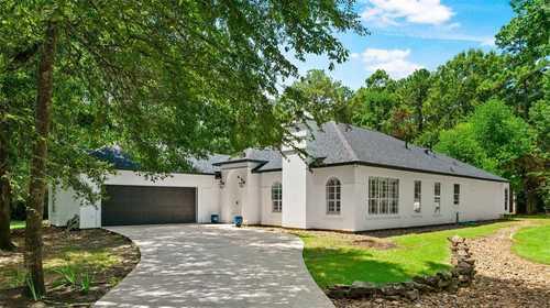 $725,000 - 3Br/3Ba -  for Sale in Lake Windcrest 01, Magnolia