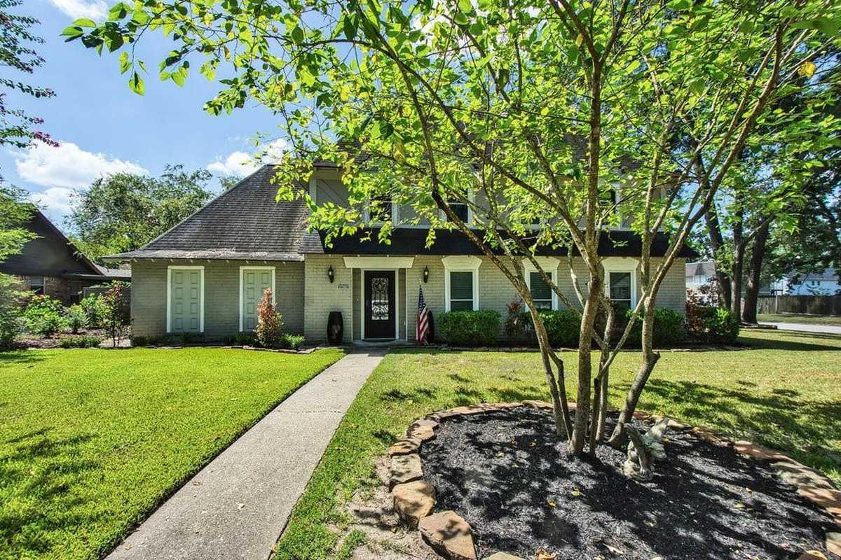 $449,000 - 5Br/3Ba -  for Sale in Oak Ridge North 08, Conroe