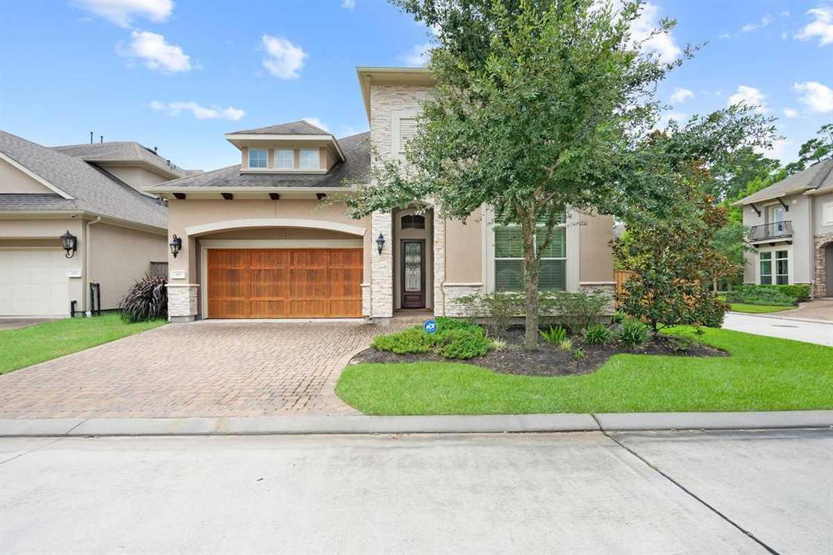 $650,000 - 3Br/5Ba -  for Sale in Reserve At Grogans Mill, Shenandoah