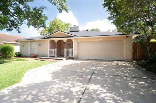 $249,900 - 3Br/2Ba -  for Sale in Rancho Isabella Sec 1-2-3-4 A, Angleton