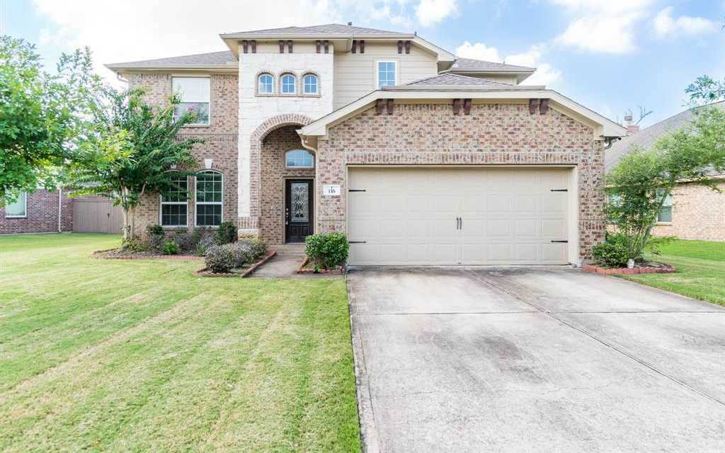 $386,000 - 4Br/4Ba -  for Sale in Woodshore, Clute
