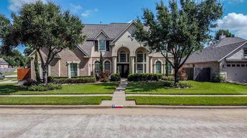 $600,000 - 4Br/4Ba -  for Sale in Copper Lakes Sec 09, Houston