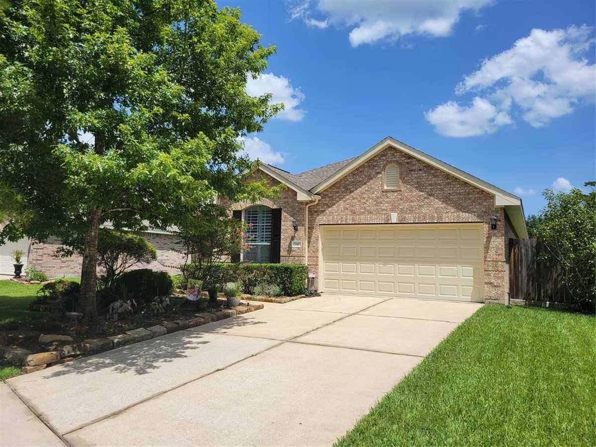 $325,000 - 3Br/2Ba -  for Sale in Wdlnds Windsor Lakes 06, Conroe