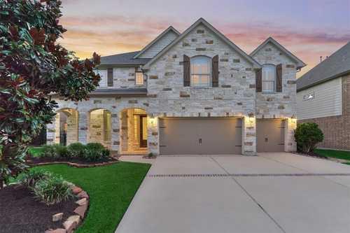 $715,000 - 4Br/4Ba -  for Sale in The Woodlands Creekside Park 18, Spring