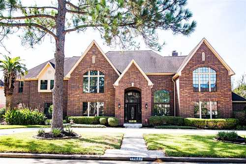 $875,000 - 5Br/7Ba -  for Sale in Twin Lakes Sec 01, Houston